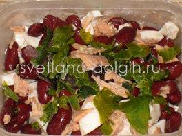 салат рыбный с фасолью