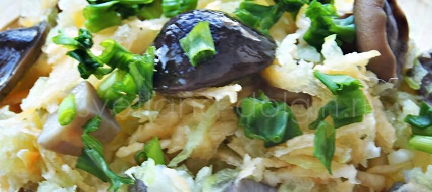 Диетический салат из зелёной редьки