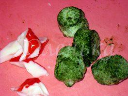 Аппетитный и полезный салат со шпинатом