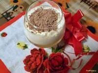 Слоеный десерт с коктейлем Гербал